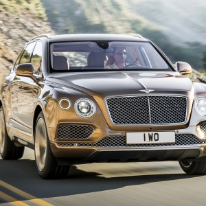 2017_bentley_bentayga_3_2560x1440