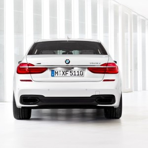 2016-BMW-7-Series-New43Carscoops